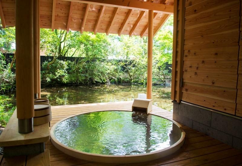 プライベートな空間で温泉を愉しむ
