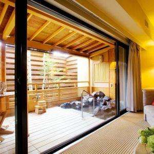 軽井沢で憧れのリゾートステイ、温泉も!夏は極上の時が過ごせるホテルへ