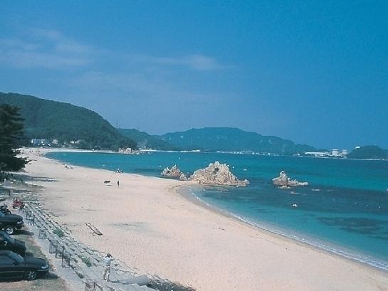 綺麗で美しすぎる日本のビーチ①福井県・水晶浜