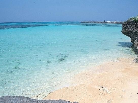 綺麗で美しすぎる日本のビーチ④沖縄県・ニシ浜