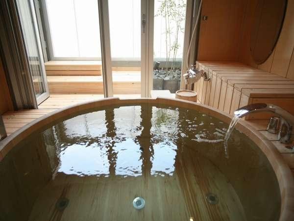 オーシャンビューの露天風呂付き客室がある宿①シーサイドホテル鯨望荘/三重県