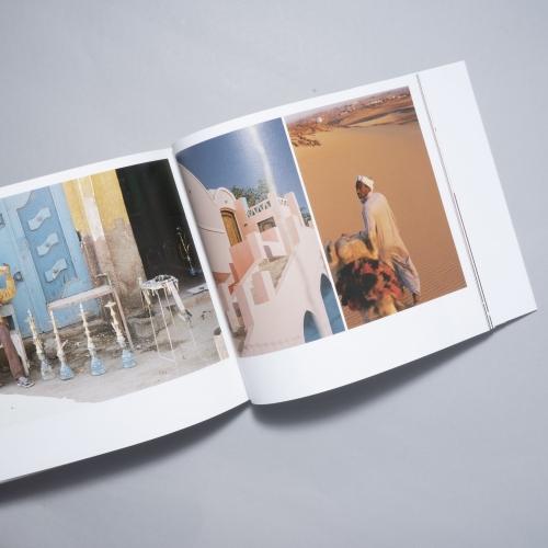 吉祥寺の写真集専門店「book obscura」店主・黒﨑さんに聞く。旅気分になれる写真集4選その3