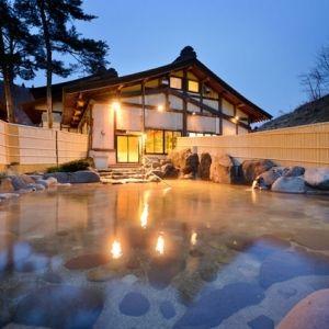 花巻温泉郷最大の大露天風呂で極上の湯浴み体験。心も身体も満たされる旅へその0