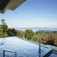 お風呂も客室も目の前に海!富山県の絶景旅館「雨晴温泉 磯はなび」