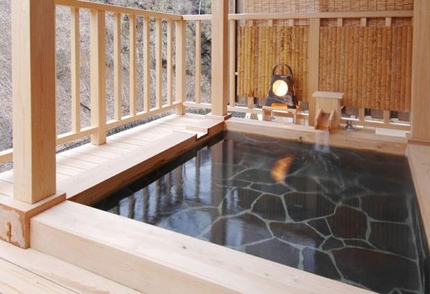 新潟県にある客室20室以下のおすすめの宿② 花の宿 よもやま舘