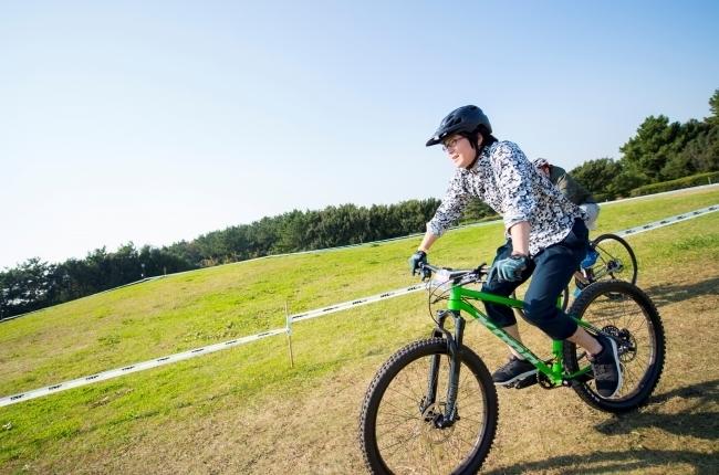走り心地の体感もできるニューエリア「オフロードバイクエリア」