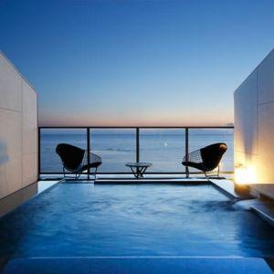 絶景露天風呂で特別な日を祝う。長崎のオーシャンビューのホテルが贅沢!