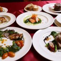 【山梨】広大なグリーンを見渡して、ランチやアラカルト、コース料理が堪能できる!