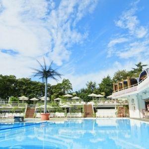 東京、幕張、大阪 ホテルニューオータニの大人のプールリゾートが解禁