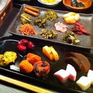 さまざまな種類の漬物を食べられる!京都で漬物バイキングができる店