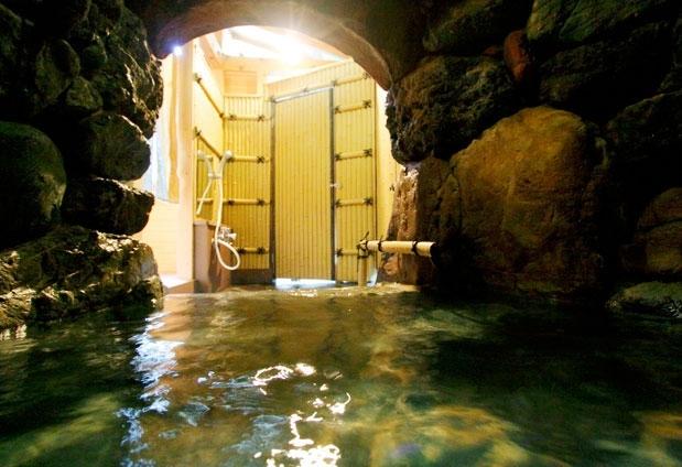 おもいでの宿 湯の島館