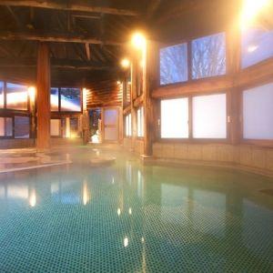 まだまだ寒い!冬のかけこみ旅は草津温泉の老舗宿で温まろう