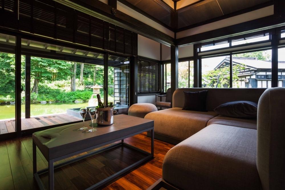 新潟の自然と一体化した客室