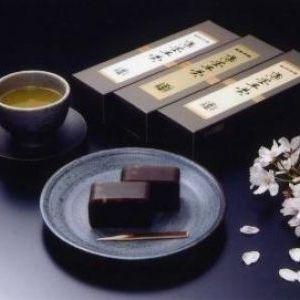 春を感じる! 桜モチーフの和菓子のお取り寄せ