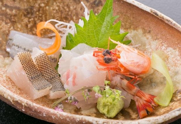 広島県にある「西山別館」の魅力④地元産の新鮮な食材を使った料理