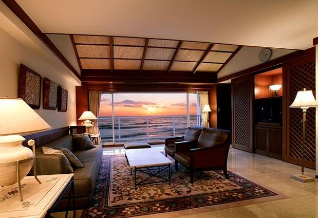駿河湾を見渡す素晴らしいロケーションの客室