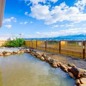 中富良野町唯一の温泉リゾートホテル!「スパ&ホテルリゾート ふらのラテール」で癒し旅を