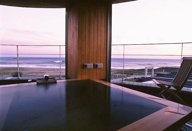 絶景を望む隠れ家の様な宿。「夢紡ぎの宿 月の渚」で優雅な休日をその2