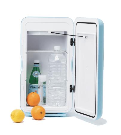 出先でも冷たい飲み物を パーソナル保冷庫