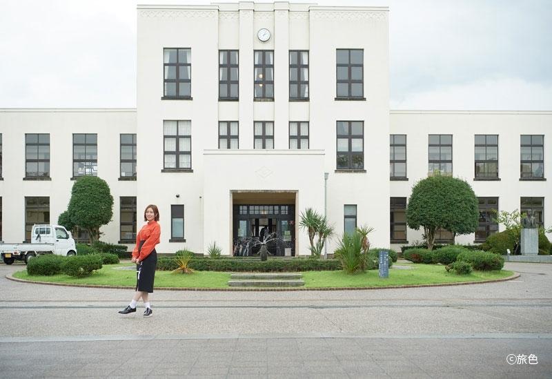 アニメ『けいおん!』の舞台ともいわれる「豊郷小学校旧校舎群」
