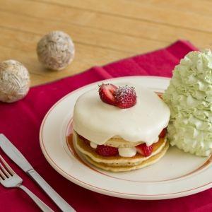 特別なパンケーキも登場!「Eggs 'n Things」のクリスマスメニューが11月24日開始