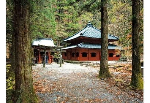 除夜の鐘がつける栃木県のお寺④日光山 輪王寺