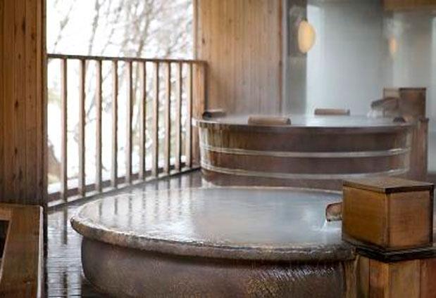 観光の拠点ともなる温泉宿「登別 石水亭」