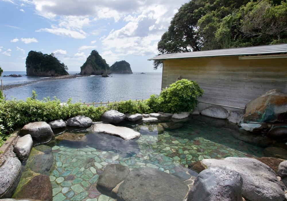 オンザオーシャンの露天風呂からの眺めが最高