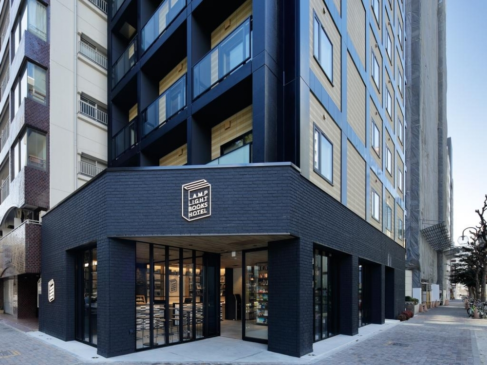 本屋&カフェ&ホテルが併設した「ランプライトブックスホテル名古屋」が楽しい!その1