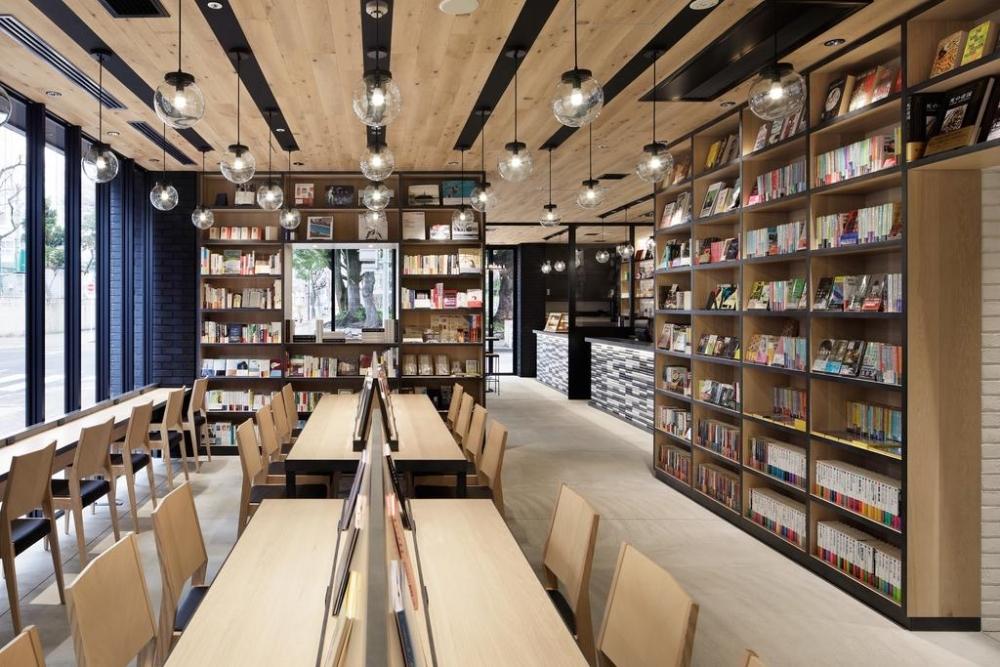 本屋&カフェ&ホテルが併設した「ランプライトブックスホテル名古屋」が楽しい!その2