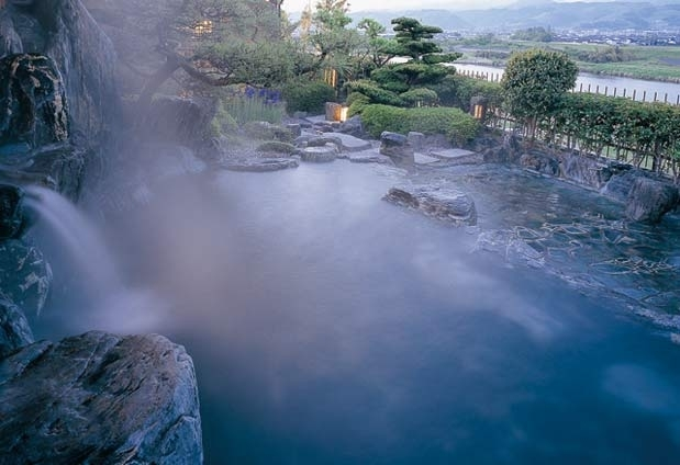 原鶴温泉を楽しむ