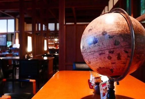 大分市郊外にある日常を忘れるカフェ「cafe珈琲 ES+sense」