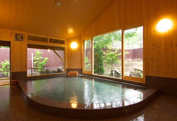 ほぼ1日中利用できる大浴場