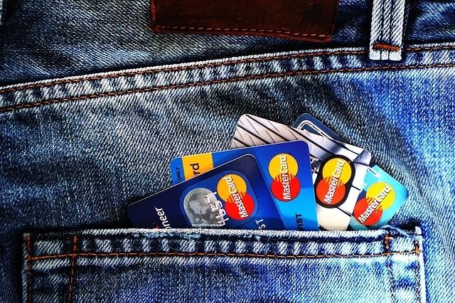 弾丸旅行の事前準備②現地通貨、クレジットカードの用意