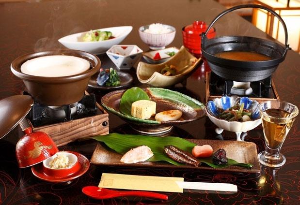 浅間温泉「四季彩々の隠れ宿 富士乃湯」魅力➂食事