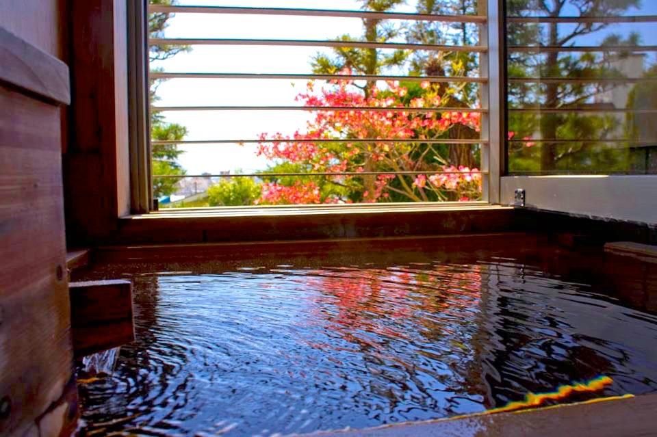 浅間温泉「四季彩々の隠れ宿 富士乃湯」魅力④お風呂