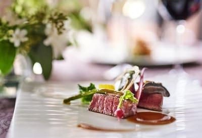 「レストラン リュクセレ」