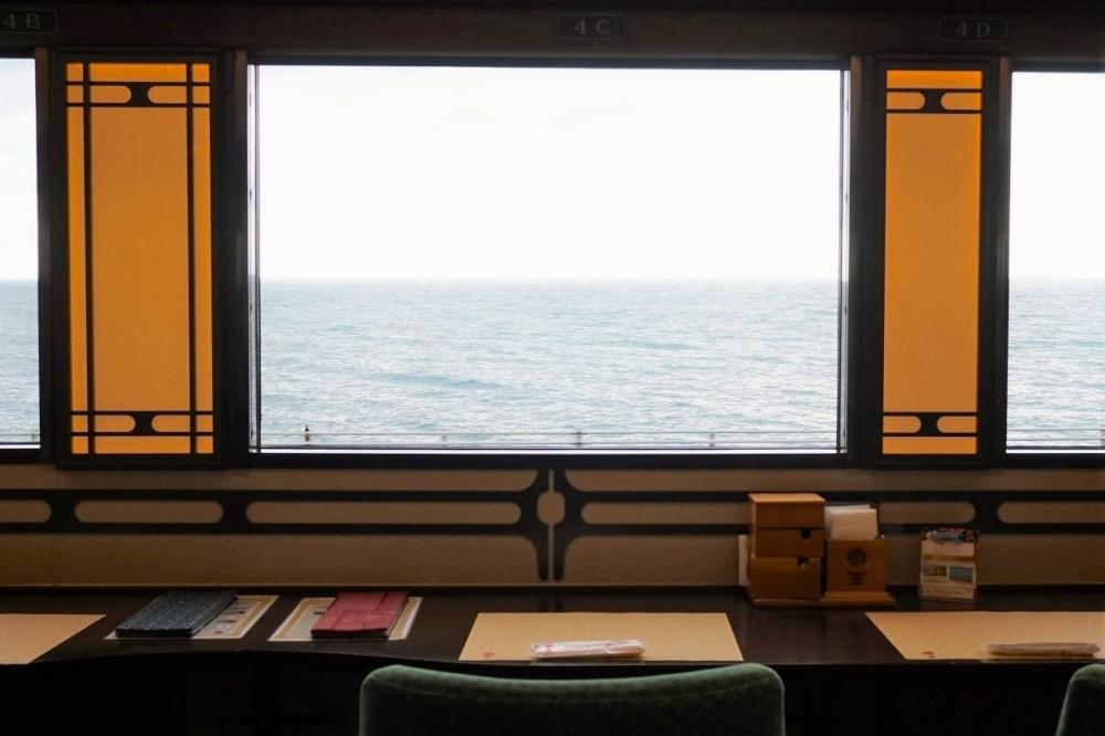 【観光列車の旅  第1回】人気の秘密は風景&料理だけにあらず!?愛媛の「伊予灘ものがたり」乗車記その4