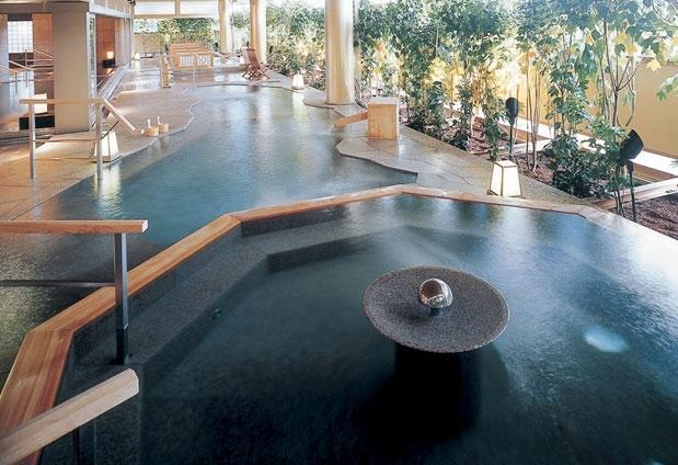 3つの大浴場で三湯十八湯めぐりを愉しもう