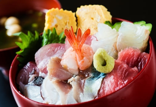 ②加賀料理 魚半