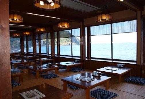 海を眺めながら新鮮な海鮮が食べられるお店!「海女の小屋 与望亭」の魅力④「海女の小屋 与望亭」へのアクセス