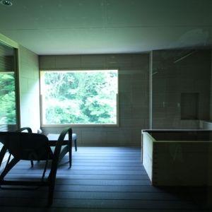 プライベートな空間でゆったり湯浴み。露天風呂付客室がある関東の宿