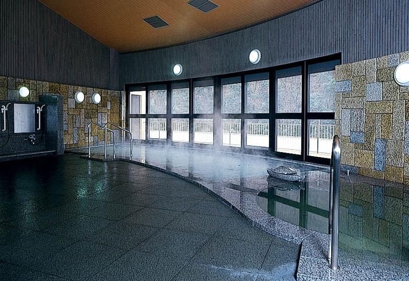 美人の湯へドライブイン「道の駅ことなみ・エピアみかど」(香川県)