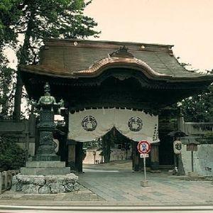 日本三大稲荷のひとつ。初詣で参拝したい愛知県の「豊川稲荷」って?