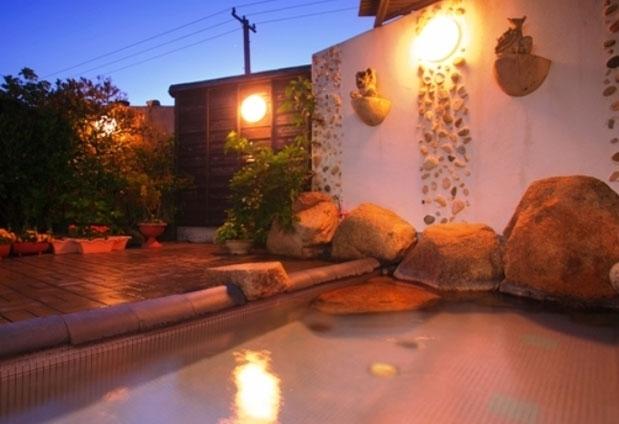 京都府「海辺のうまし宿 とト屋」の魅力①間人温泉を満喫