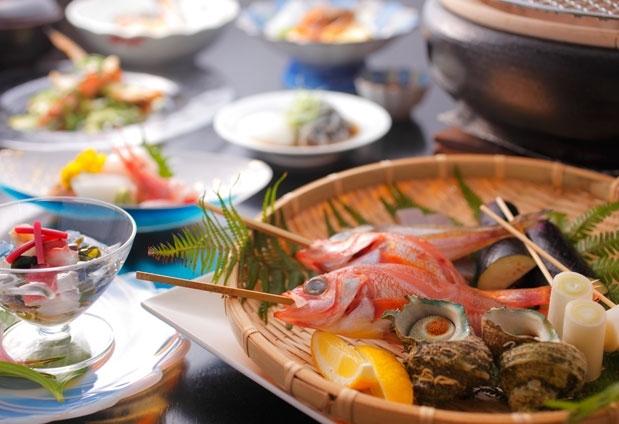 京都府「海辺のうまし宿 とト屋」の魅力②なんといってもカニ