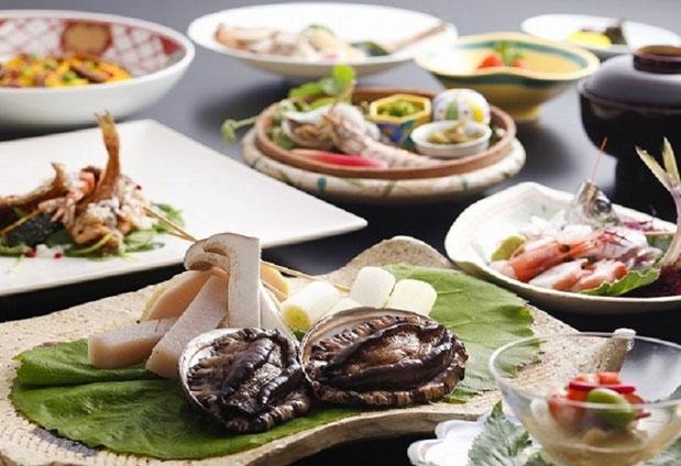 京都府「海辺のうまし宿 とト屋」の魅力③間人の魅力を食べつくす