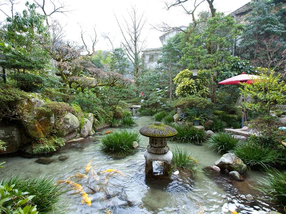 日本の四季が映し出される庭園は見所のひとつ