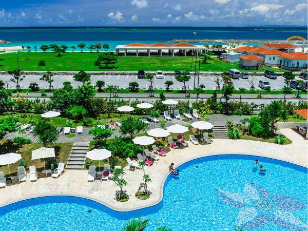 オーシャンビューの仕事部屋に3時のおやつも楽しめる「サザンビーチホテル&リゾート沖縄 プレミアムクラブ」
