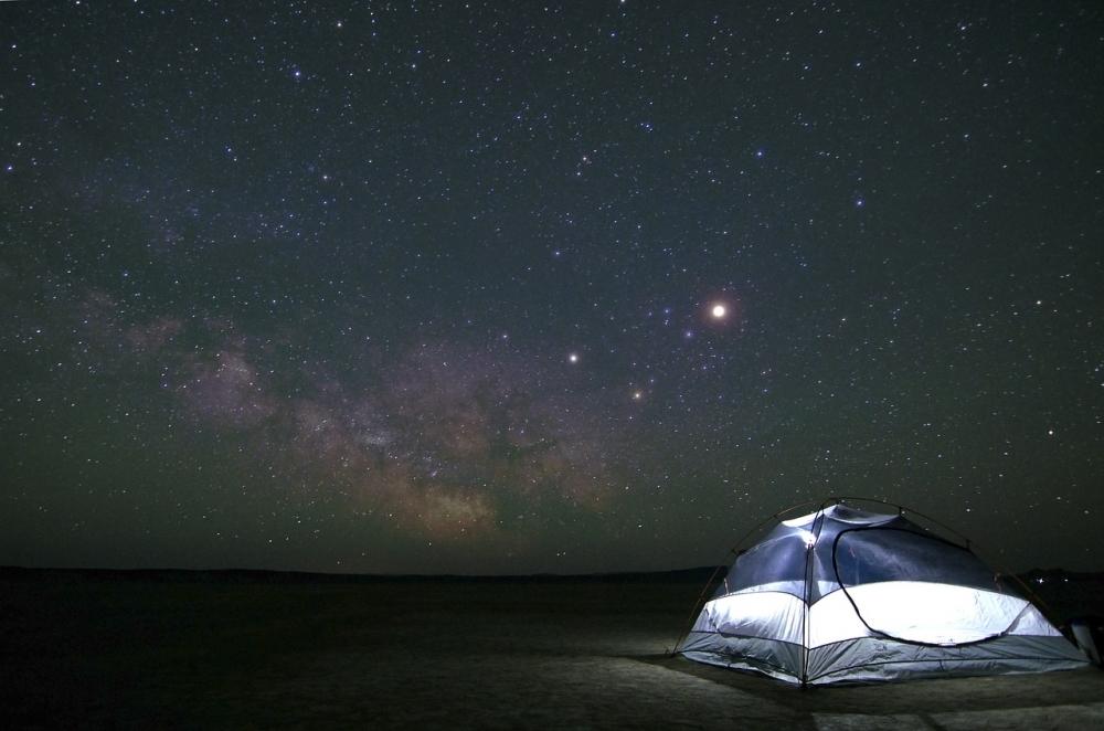 天体観測する際にもっていきたいアイテム③ ワンタッチテント